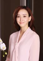 高小琴  演员:胡静  高小琴是叱咤于政界和商场的风云人物,同时也是一个身世复杂经历曲折的传奇女子。年轻有为,气质脱俗。