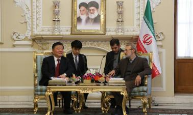 Chinese senior official meets with Iranian Parliament Speaker in Tehran