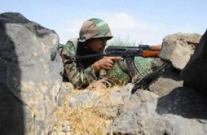 叙利亚政府军在东北部边境地区加强部署