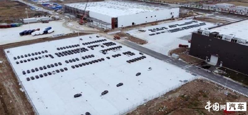 无人机曝光:特斯拉上海工厂或已产出200辆Model 3