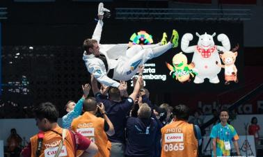 Alexanin Dmitriy wins Men's Epee Individual Gold Medal Bout at Asian Games