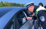 """""""安全带生命带!""""这可不是喊口号 一上午浙江高速交警就查到1039人"""