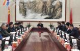 裘东耀主持市政府常务会议分析一季度经济形势