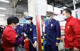 绍兴:消防夜查行动 安全隐患不少