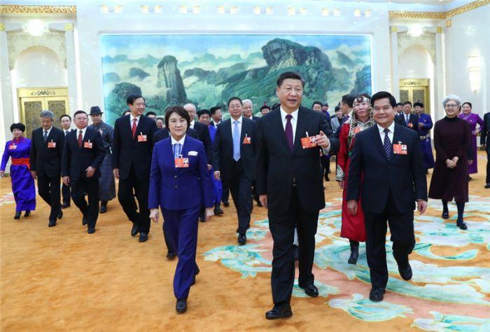 3月5日,中共中央总书记、国家主席、中央军委主席习近平参加十三届全国人大一次会议内蒙古代表团的审议。