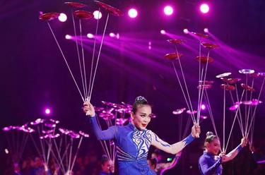 蒙特卡洛马戏节开幕 中国杂技备受瞩目