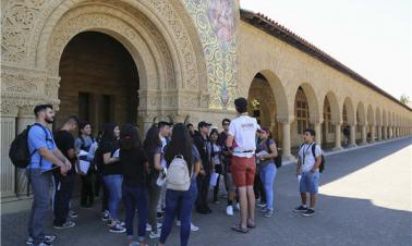 Fewer Chinese students go on overseas study tours this year